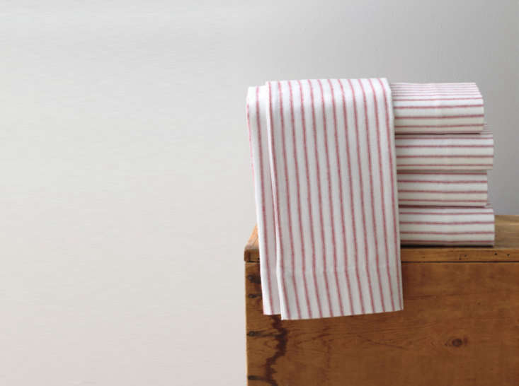 &#8\2\20;there&#8\2\17;s something nostalgic about these flannel sheets 11