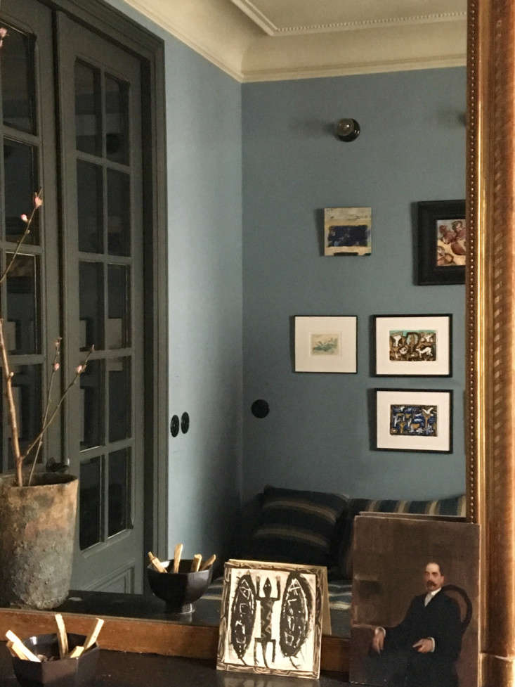 Home at the Office Designer Marianne Evennous Paris Work Quarters and PiedTerre &#8\2\20;When clients come, they have the feeling of being received in a personal environment that looks quite like the interiors we imagine for them,&#8\2\2\1; says Evennou.
