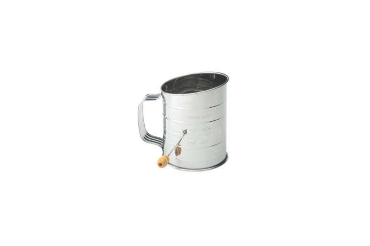 &#8\2\20;my flour sifter looks exactly like my mother&#8\2\17;s did wit 10