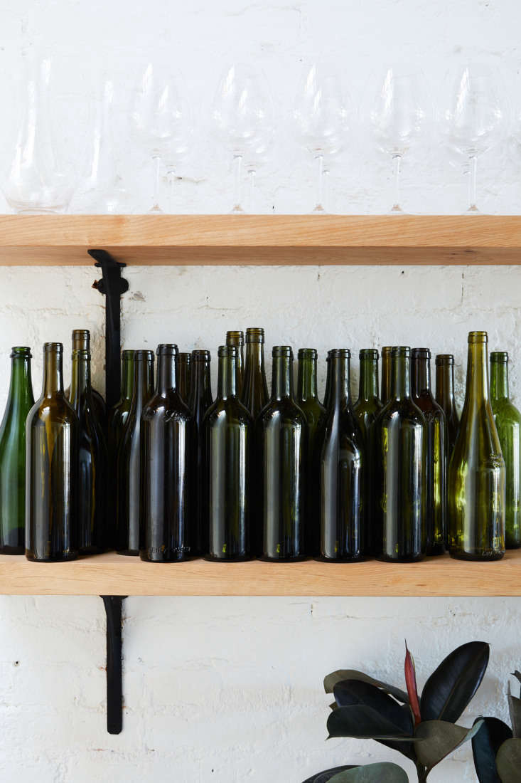 East Meets West Inside Range Life in California Recycled wine bottles serve as water pitchers.