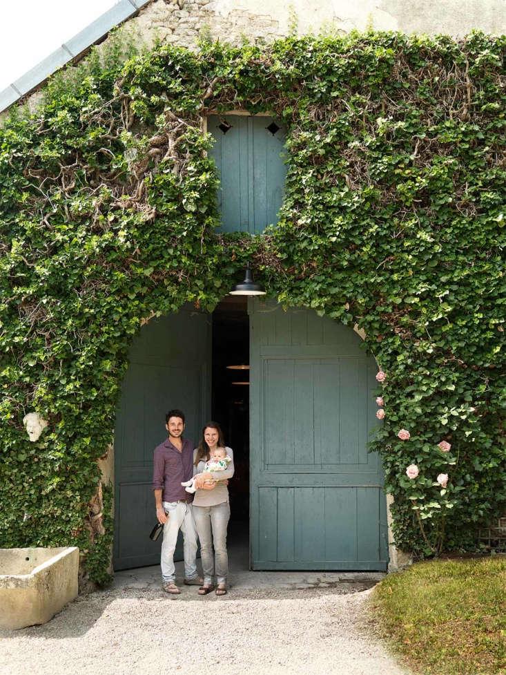 roses de jeanne chateau champagne vipp cedric emilie portrait
