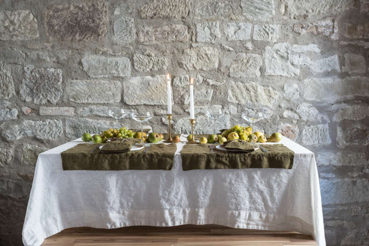 tricia&#8\2\17;s table set with a simple orkney linen tablecloth in off whi 9