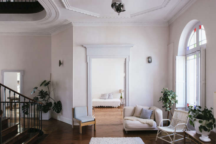 La Vie en Rose Inside a Costumiers Dreamlike DIY Maison in France &#8\2\20;The pastel painted walls were already there and I liked their weathered side,&#8\2\2\1; Sathal says of the pale pink walls. &#8\2\20;The trim is typical of the style of the house and is original.&#8\2\2\1;