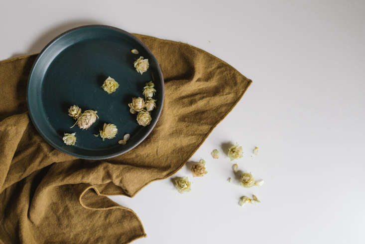 new from portland, or based notary ceramics: a customizable dinner plate coll 9