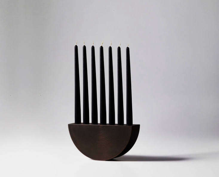 Bordeaux-based French designer William Guillon specializes in functional bronze sculptures and accessories and has an affinity for &#8