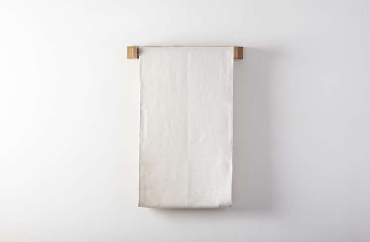 From March in SF, a classic, English-madeLinen Roller Towel Holder and Towelis $