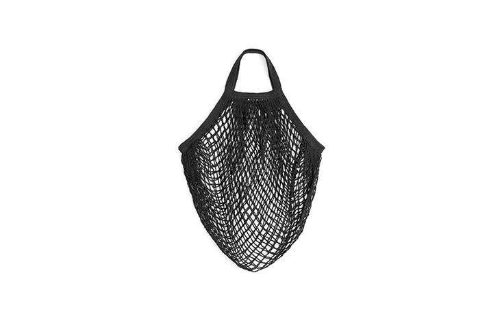 arket carries string bags by turtle bags, made of organic cotton, for 60 sek ea 10