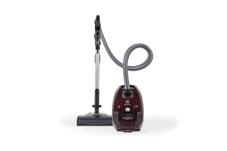 the electrolux bagged vacuum (el40\15a) silent performer canister in maroon is  19