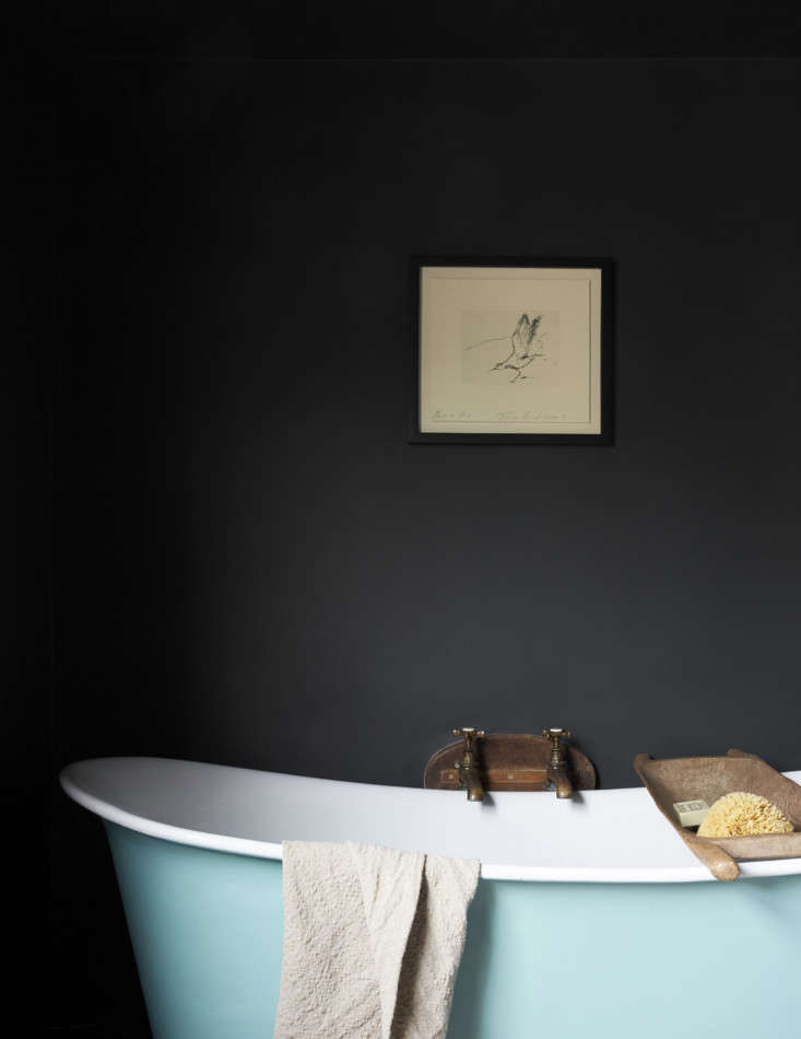 Mamma Mia Music Producer Nick Gilpins Stylishly Revived Georgian Manse A wooden grain sorter is used as a bath tray.