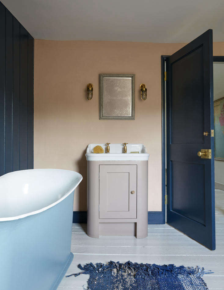 Mamma Mia Music Producer Nick Gilpins Stylishly Revived Georgian Manse The kids&#8\2\17; bath features an Antique Cabinet Basin from The Water Monopolyand one of Harding&#8\2\17;s most inspired mix of colors: Farrow & Ball Setting Plaster on the walls, Hague Blue on the woodwork, and Smoked Trout on the washstand How did she come up with these? &#8\2\20;Just a gut feel. I love dreaming up soulful combinations.&#8\2\2\1;