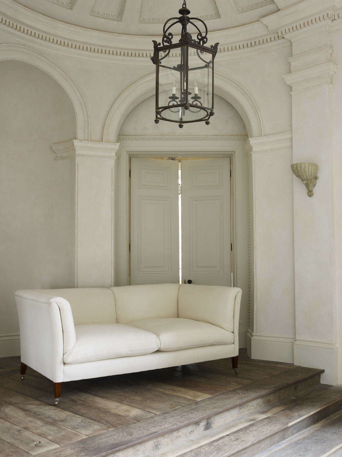 Designer Rose Uniacke makes a suite of perfect sofas. Shown here is the Classic Sofa with a design &#8