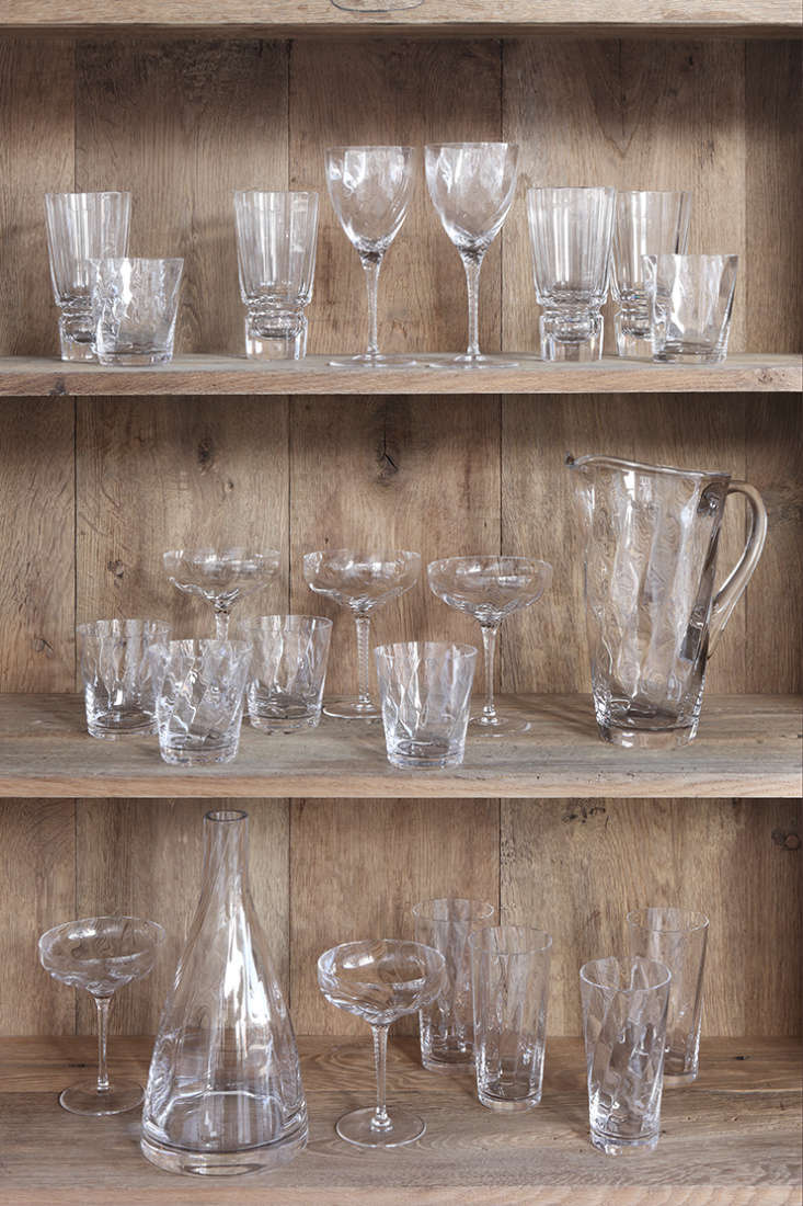 glassware from uniacke&#8\2\17;s ru glass collection. 11