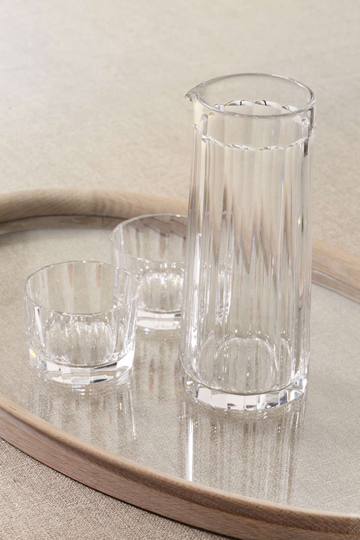 the cut crystal water jug & glasses have faceted sides: &#8\2\20;perfec 9