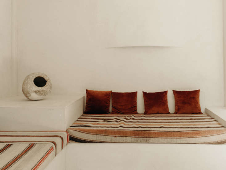 built in day beds in the lounge area. both the hotel&#8\2\17;s pueblo inspi 10
