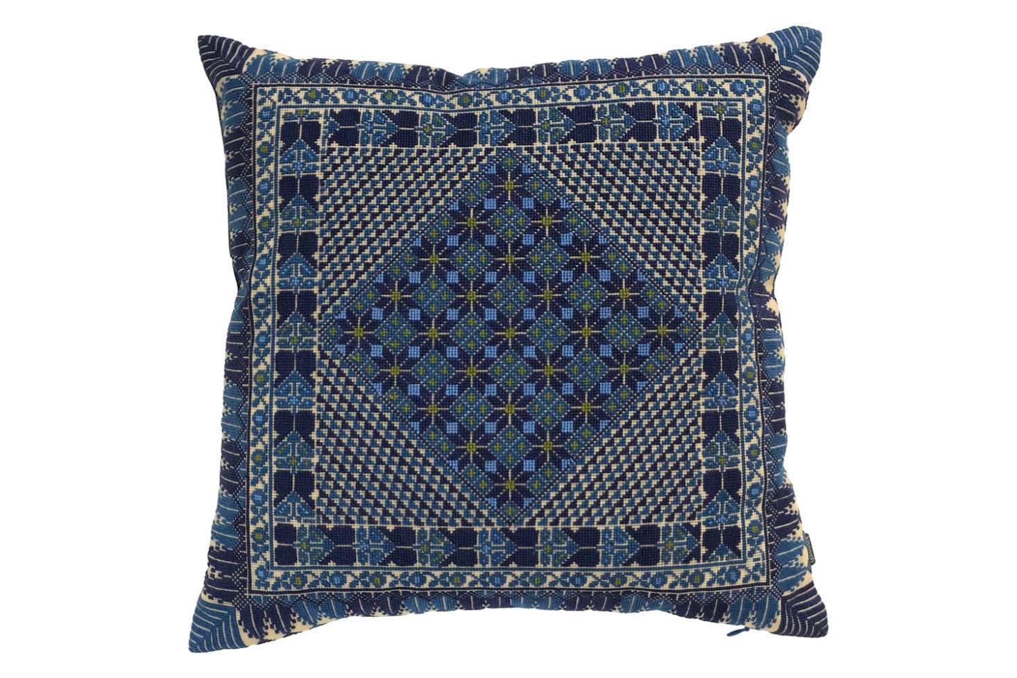 The Kissweh Classic Pillow has a navy blue Belgian linen back; 350.