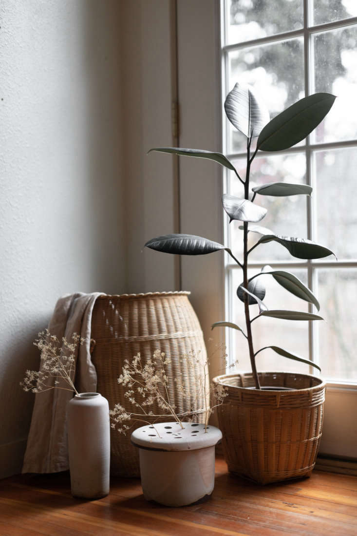 Portlandia Inside the Remodeled Farmhouse of a Cult Favorite Ceramicist The sun room gets use year round. &#8\2\20;In dreary Portland winters it&#8\2\17;s the only place I want to be,&#8\2\2\1; says Van Raden.