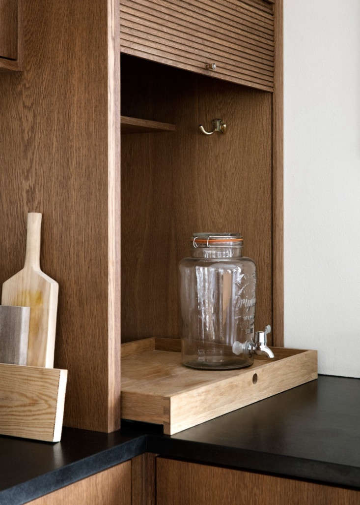 &#8\2\20;when the cupboard is pulled up, there&#8\2\17;s space for our  15