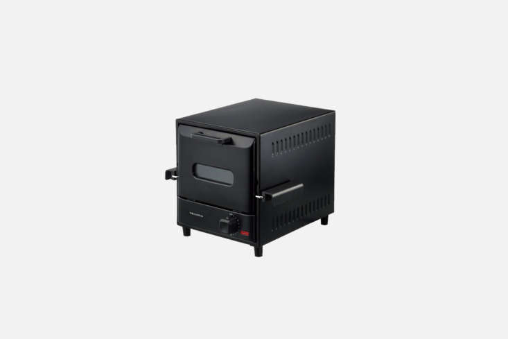 Another design from Récolte, the Black Toaster Oven RSR-loading=