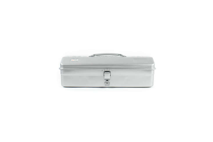 the good ol&#8\2\17; trusco toolbox y 350 sv 4600, shown in silver, is just 14