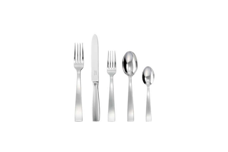 The Sambonet Silver Plated 5-Piece Place Setting was first designed in 3