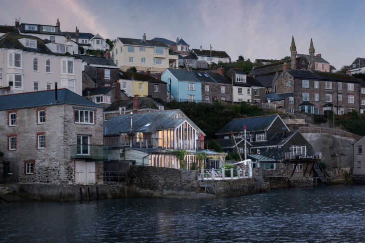 Thanks to glazing added in a past renovation, the back of the wooden structure has wide open views of the Fowey Estuary, which flows into the English channel. The house is accessible by foot only, &#8