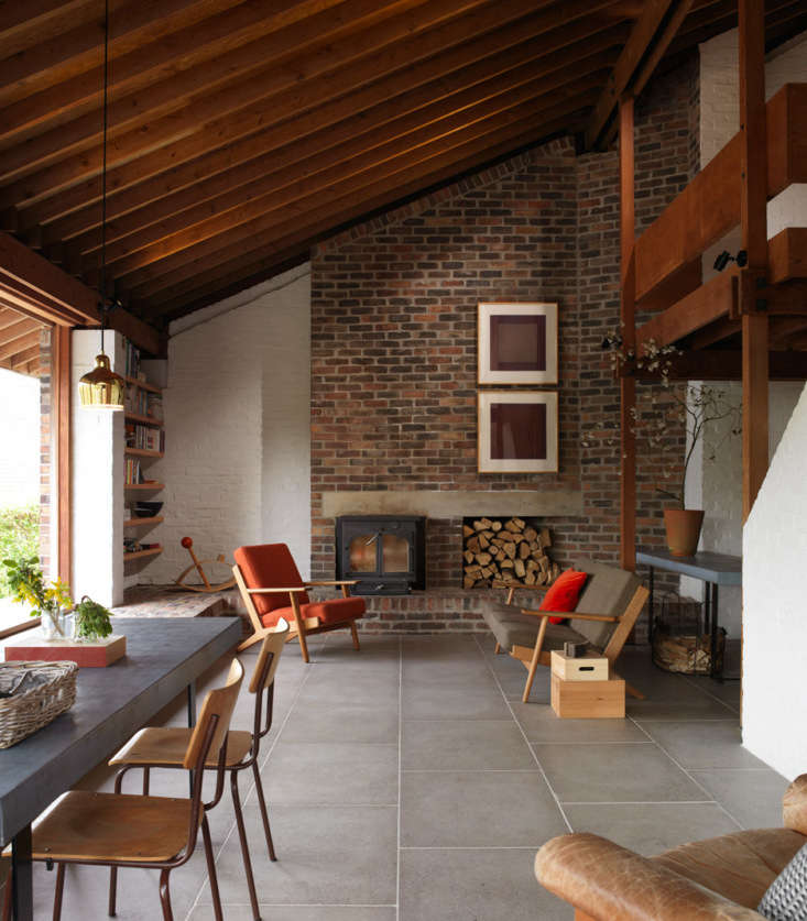 &#8\2\20;the armchairs and sofa are from the plank range by hans wegner, an 14