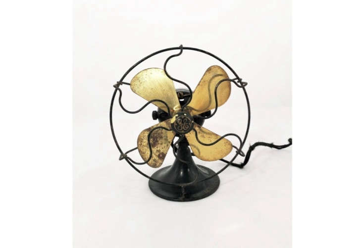 We found this s GE Electric Fan with Brass Blades on Etsy for $5.
