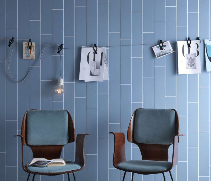 An Italian-made tile that takes cues from the simple, clean lines of Scandinavian design: the matte Scandicollection by Tonalite.