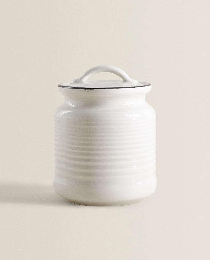 hermetically sealed earthenware jar at zara home 13