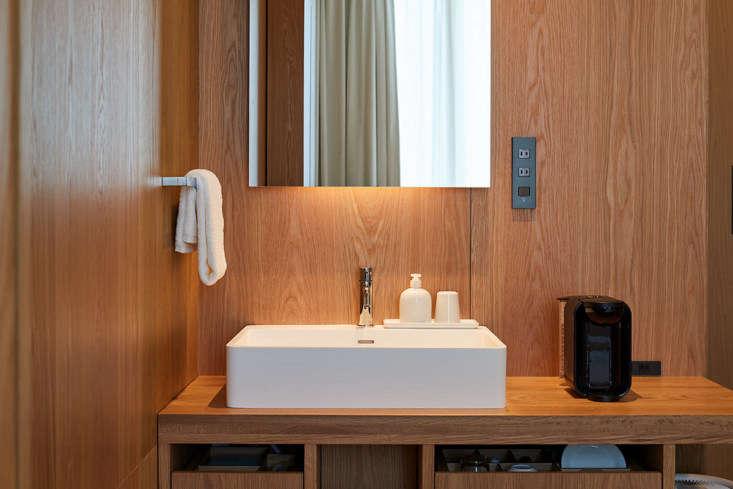 muji hotel bathroom ginza tokyo, room type a