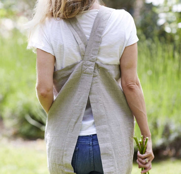 Pinafore Apron from Rough Linen, Back