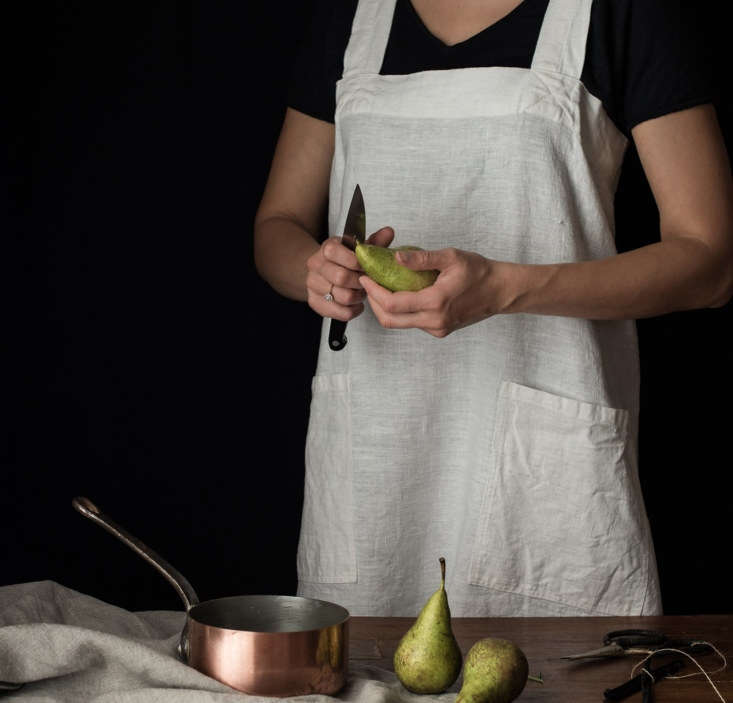 Pinafore Apron from Rough Linen, Front