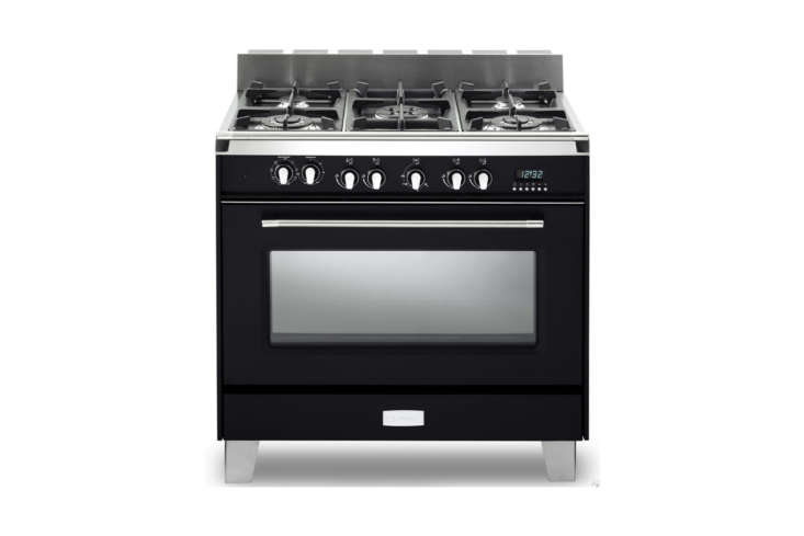 The Verona (VCLFSGE365E) Classic Series 36-Inch Dual Fuel Single Oven Range in Matte Black is $3,749 at A City Discount.