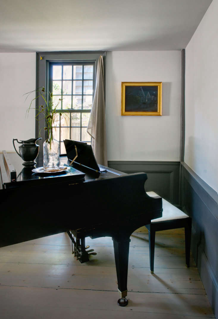 A Legendary Provincetown Artists Home Updated for Modern Life portrait 3_15