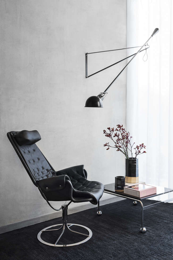 the jetson, shown in black leather, is famous in part for its memory function f 12