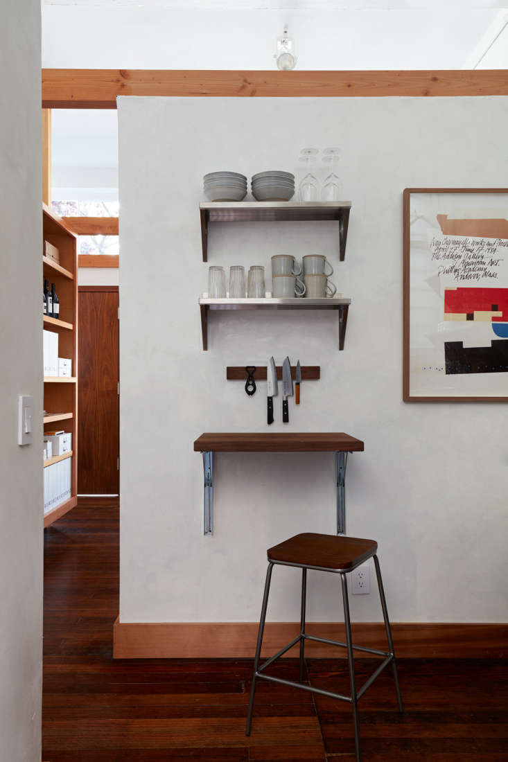 &#8\2\20;the wall treatment throughout the space is a favorite touch. we re 11