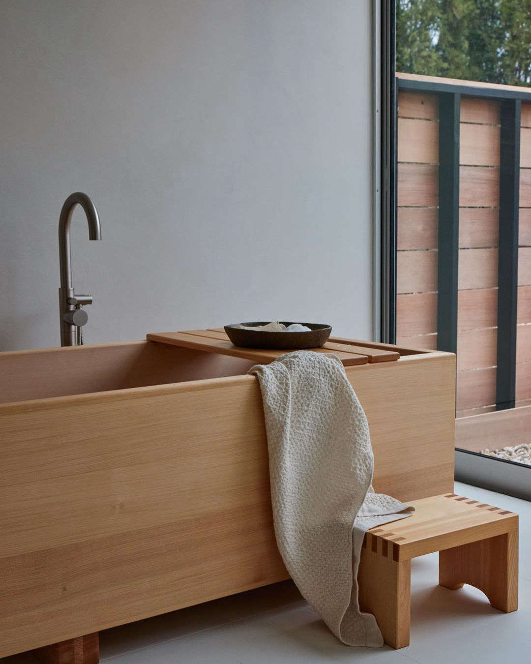 Each room has a private Hinoki wood soaking tub (for ideas, see  Favorites: Japanese-Style Bathtubs Around the World).