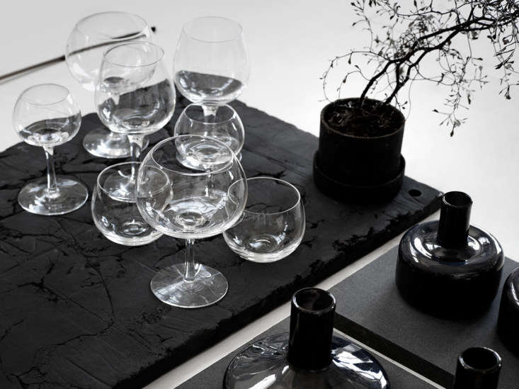 In collaboration with Skruf Glassworks, Carina designedTjärn, a series of fine stemware, commissioned by the Swedish parliament as a gift to H.M. King Carl XVI Gustaf on his 70th birthday.