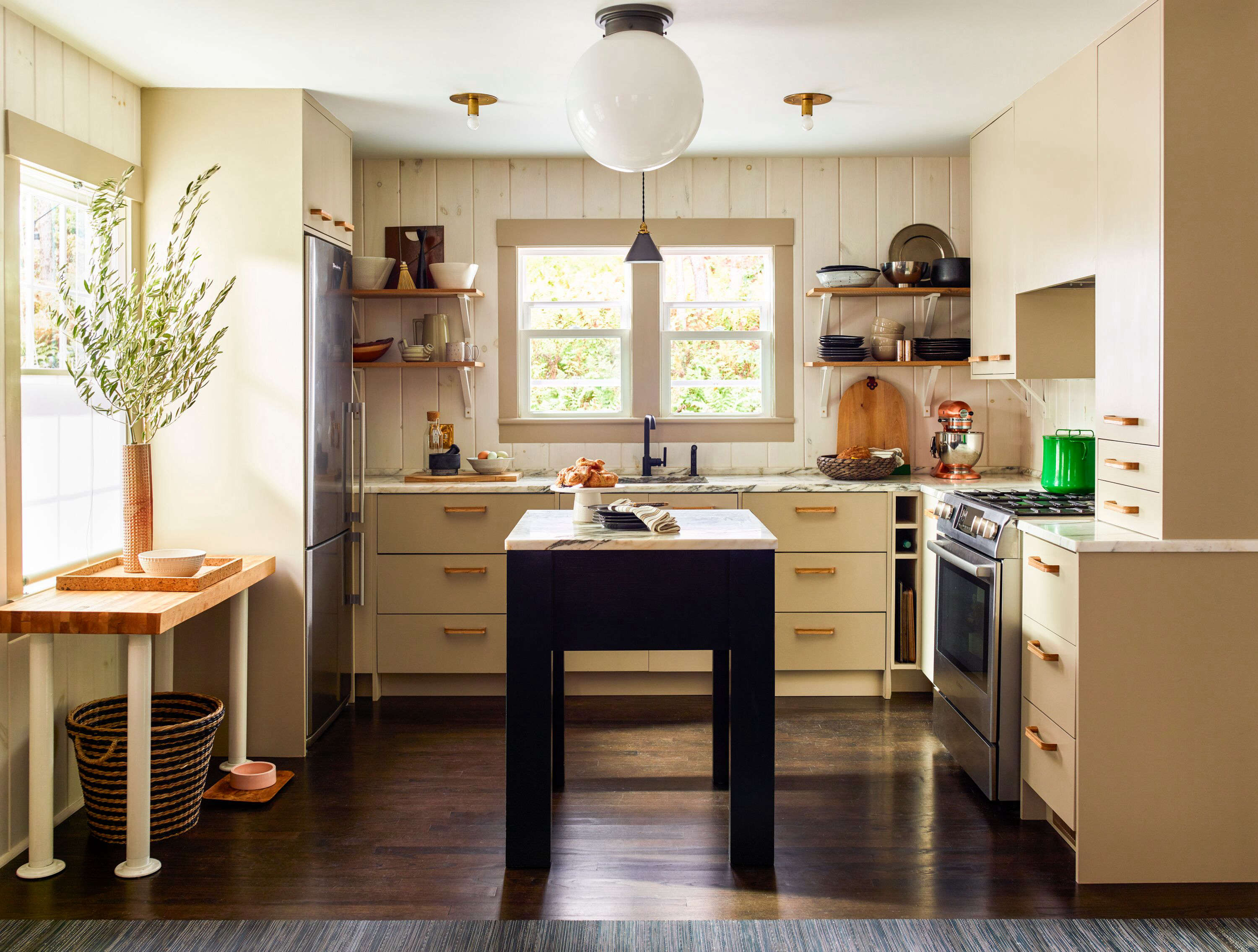 Steal This Look: The Design-Minded Country Kitchen, Budget Edition - Remodelista