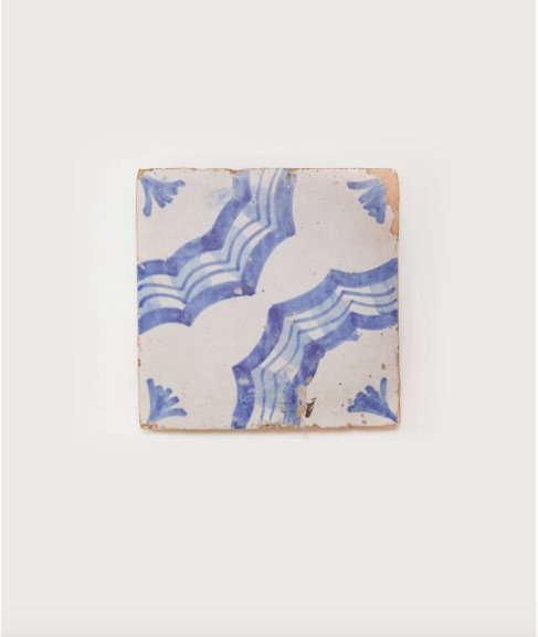 il buco salvaged tile trivet 2