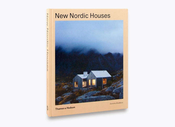 divided into four chapters—rural cabins, coastal retreats, town houses, and c 17