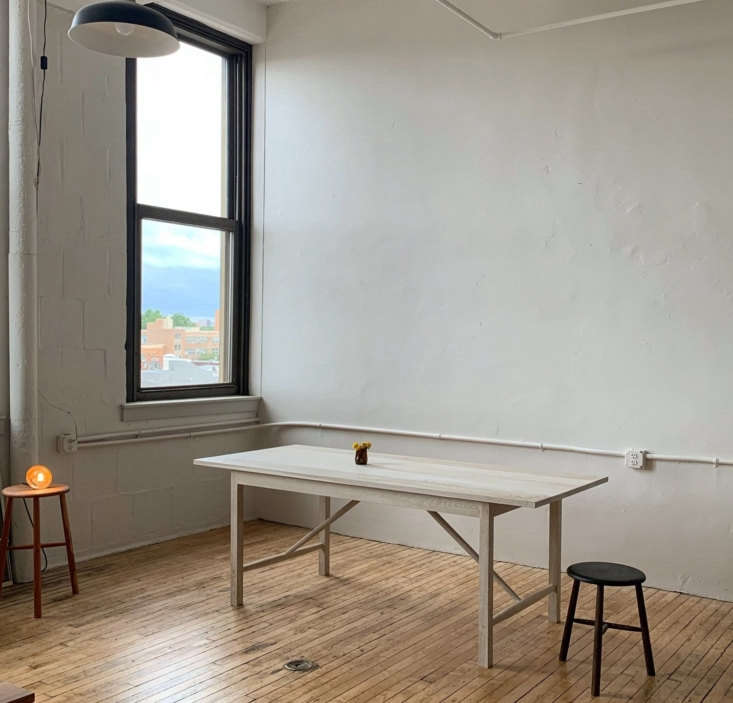bicyclette pin dining table