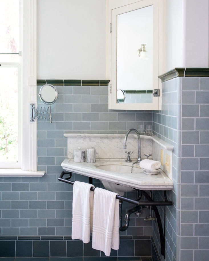 A corner sink in the master suite&#8