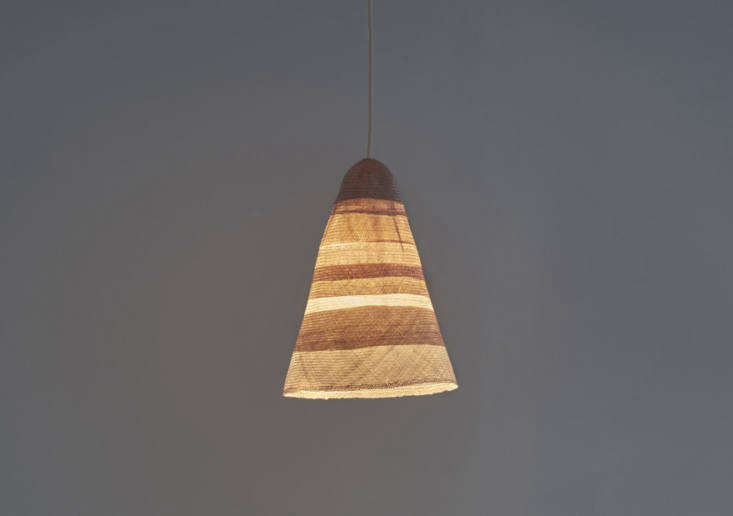 pinch&#8\2\17;s beata light features a woven straw shade, available in nutm 17