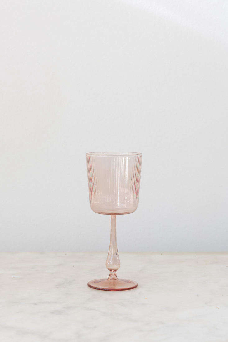 sunday shop r d glassware cameo pink ribbed wine glass