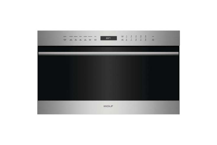 the wolf e series 30 inch electric speed oven (spo30testh) features \10 cooking 9