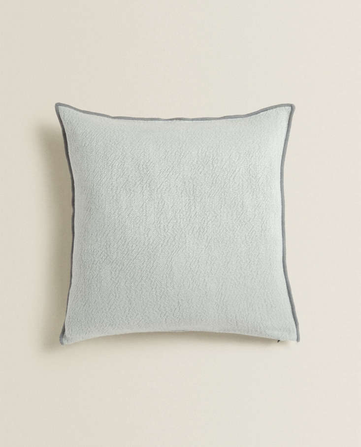 Linen Throw Pillow from Zara Home