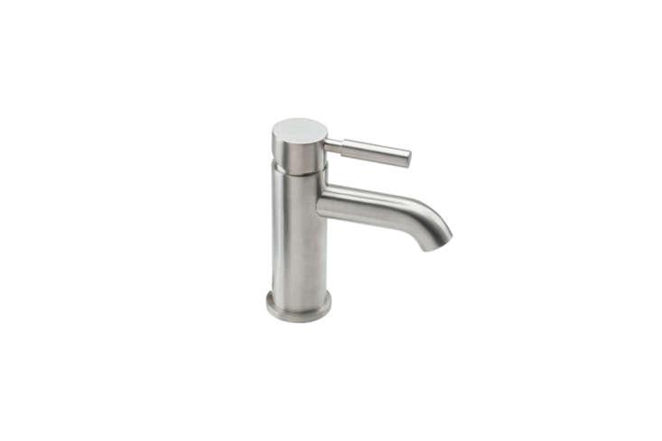 the california faucets 6\20\1 i pc single hole lavatory faucet, shown in polish 9
