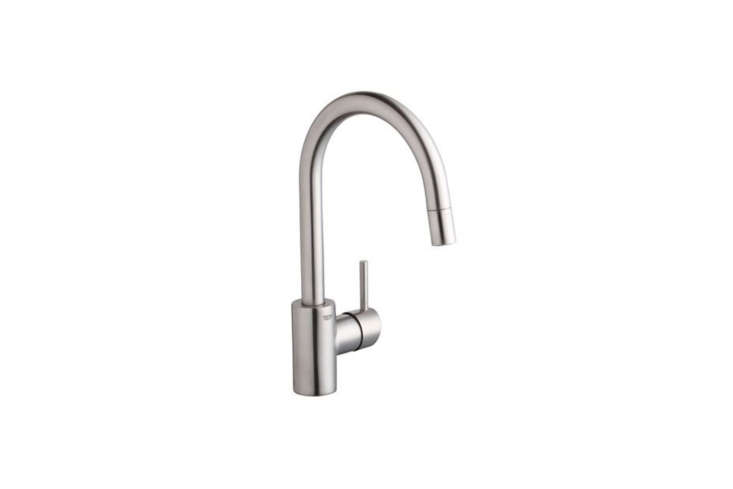 The Grohe Concetto Single-Handle Pull-Down Spray Kitchen Faucet (365DCloading=