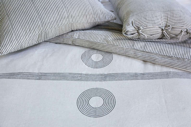 the bedding collection is all \100 percent irish linen that&#8\2\17;s batch 10